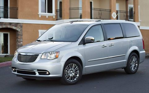 The 3.6-liter packs a punch for a minivan, delivering 283 hp and 260 lb-ft of torque