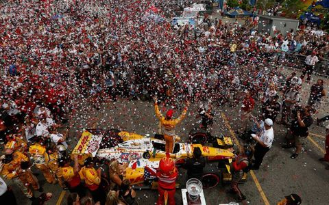 For the third race in a row, Ryan Hunter-Reay was the center of attention in victory lane.