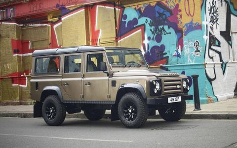 Land Rover Defender Special Edition in nara bronze.