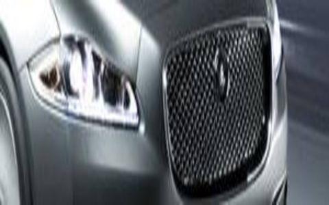 Automotive design, Automotive exterior, Light, Black, Automotive lighting, Carbon, Technology, Grey, Parallel, Luxury vehicle,