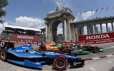 2012 IndyCar at Toronto: Josef Newgarden, Oriol Servia and Charlie Kimball in turn 1