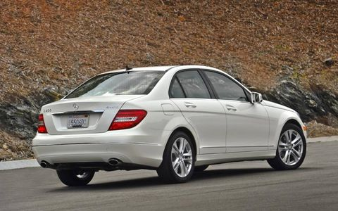 Tire, Wheel, Automotive design, Vehicle, Road, Car, Rim, Alloy wheel, Automotive tire, Full-size car,