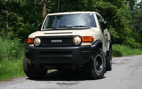 Driver's Log Gallery: 2010 Toyota FJ Cruiser