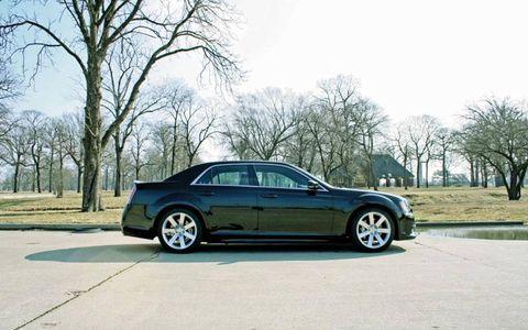 Tire, Wheel, Vehicle, Automotive design, Automotive tire, Alloy wheel, Rim, Road, Spoke, Car,