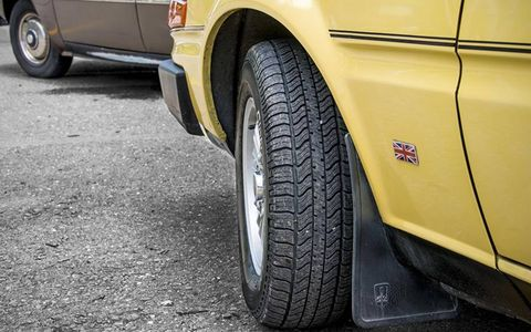 The SD1's turning radius was better than its predecessor's, despite the car's length.