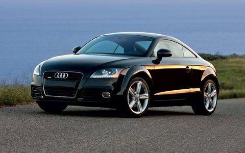 Tire, Automotive mirror, Wheel, Mode of transport, Automotive design, Vehicle, Land vehicle, Car, Rim, Grille,