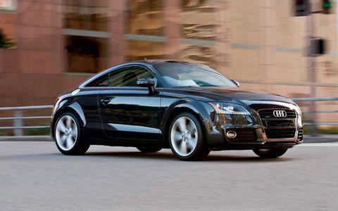 Tire, Wheel, Mode of transport, Automotive design, Vehicle, Automotive mirror, Land vehicle, Car, Grille, Rim,
