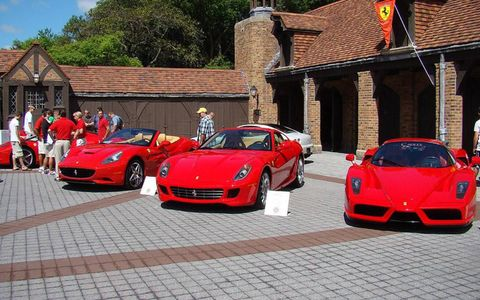 Wheel, Automotive design, Land vehicle, Vehicle, Performance car, Car, Red, Supercar, Sports car, Luxury vehicle,