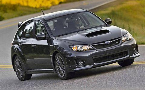 Tire, Wheel, Automotive design, Automotive tire, Vehicle, Automotive lighting, Land vehicle, Hood, Headlamp, Rim,