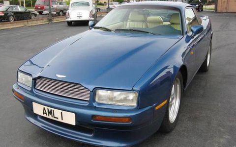 1991 Aston Martin Virage frontal view.