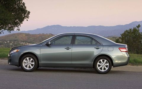 Driver's Log Gallery: 2010 Toyota Camry SE