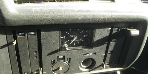 The first generation of BMW 3-Series had this rectangular VDO clock in the dash.