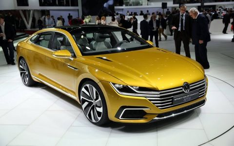 The Volkswagen Sport Coupe Concept GTE makes its debut in Geneva with a hybrid powertrain and a new exterior design language.