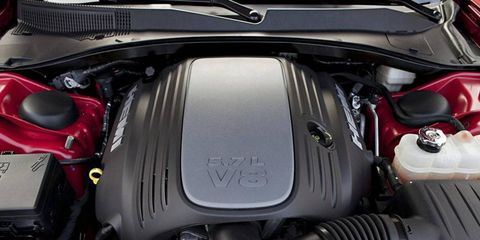 The 5.7-liter HEMI V8 pumps out 370 hp and 395 lb-ft of torque