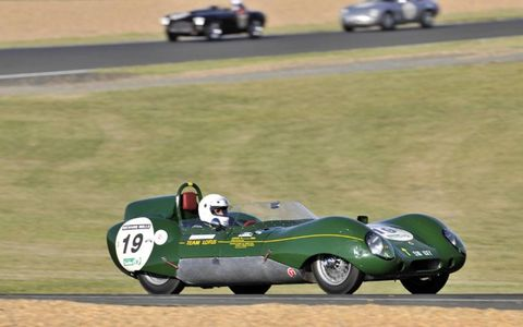 Lotus X1 (Claude Soubis/Jeremie Boisinot) in Tetre Rouge curves (grid 3, cars from 1957 to 1961).