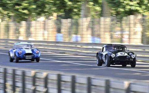 AC Cobra (Ludovic Caron) in the beginning of Hunaudières (Mulsanne Straight) (grid 4, cars from 1962 to 1965).