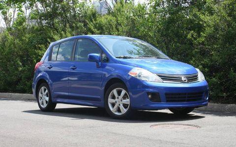 Driver's Log Gallery: 2010 Nissan Versa 1.8SL Hatchback