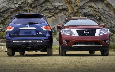The 2013 Nissan Pathfinder front and back.