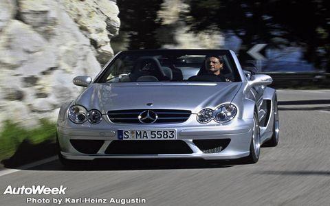 Automotive design, Vehicle, Grille, Automotive exterior, Hood, Car, Headlamp, Personal luxury car, Mercedes-benz, Bumper,