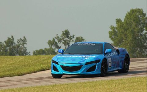 The NSX prototype didn't have the production engine, but Acura didn't specify which engine it had.