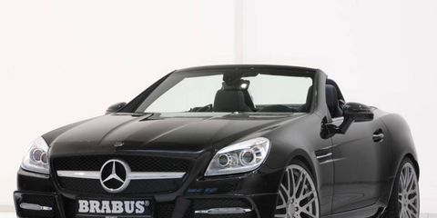 Mode of transport, Automotive design, Vehicle, Mercedes-benz, Car, Grille, Personal luxury car, Hood, Automotive exterior, Fender,