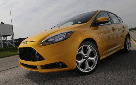 The 2013 Ford Focus ST produces 252 hp and 270 lb-ft of torque.