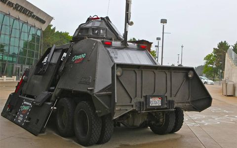 Metal plates protect the occupants of the TIV-2.