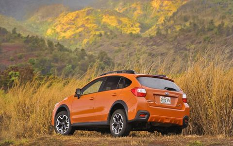 The 2013 Subaru XV Crosstrek 2.0i Premium receives an EPA-estimated 26 mpg combined fuel economy, while Autoweek observed a 24.6 mpg during testing.