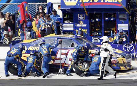 2012 NASCAR Sprint Cup Series at Pocono: Martin Truex Jr. pit stop