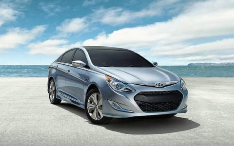 2013 Hyundai Sonata Hybrid Limited needs a more reformed regenerative braking system.