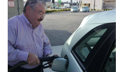 Hydrogen refueling is safer than gas.
