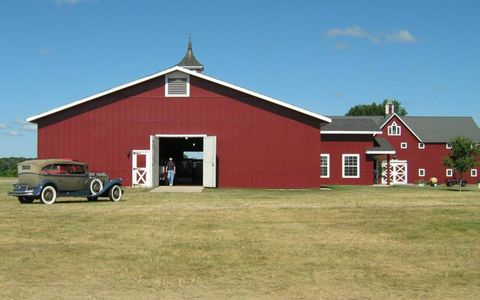 Pierce-Arrow barn at the Gilmore Museum.