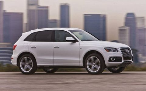 """At 4,299 pounds, the Q5 isn't exactly light on its feet. The selectable """"Dynamic"""" handling mode helped compensate."""
