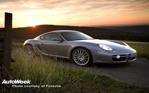 Wheel, Tire, Automotive design, Vehicle, Land vehicle, Rim, Alloy wheel, Car, Performance car, Automotive wheel system,