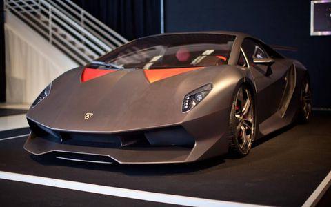 Lamborghini hauled out the more-carbon-isn't-enough Sesto Elemento.