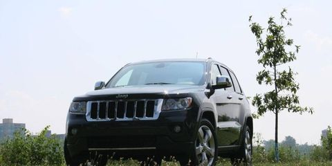 Tire, Automotive design, Vehicle, Automotive exterior, Automotive lighting, Infrastructure, Hood, Automotive tire, Grille, Car,