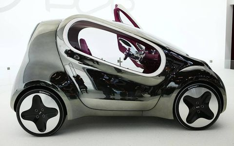 Motor vehicle, Automotive design, Automotive exterior, Automotive lighting, Rim, Automotive wheel system, Automotive tire, Fender, Concept car, Automotive mirror,