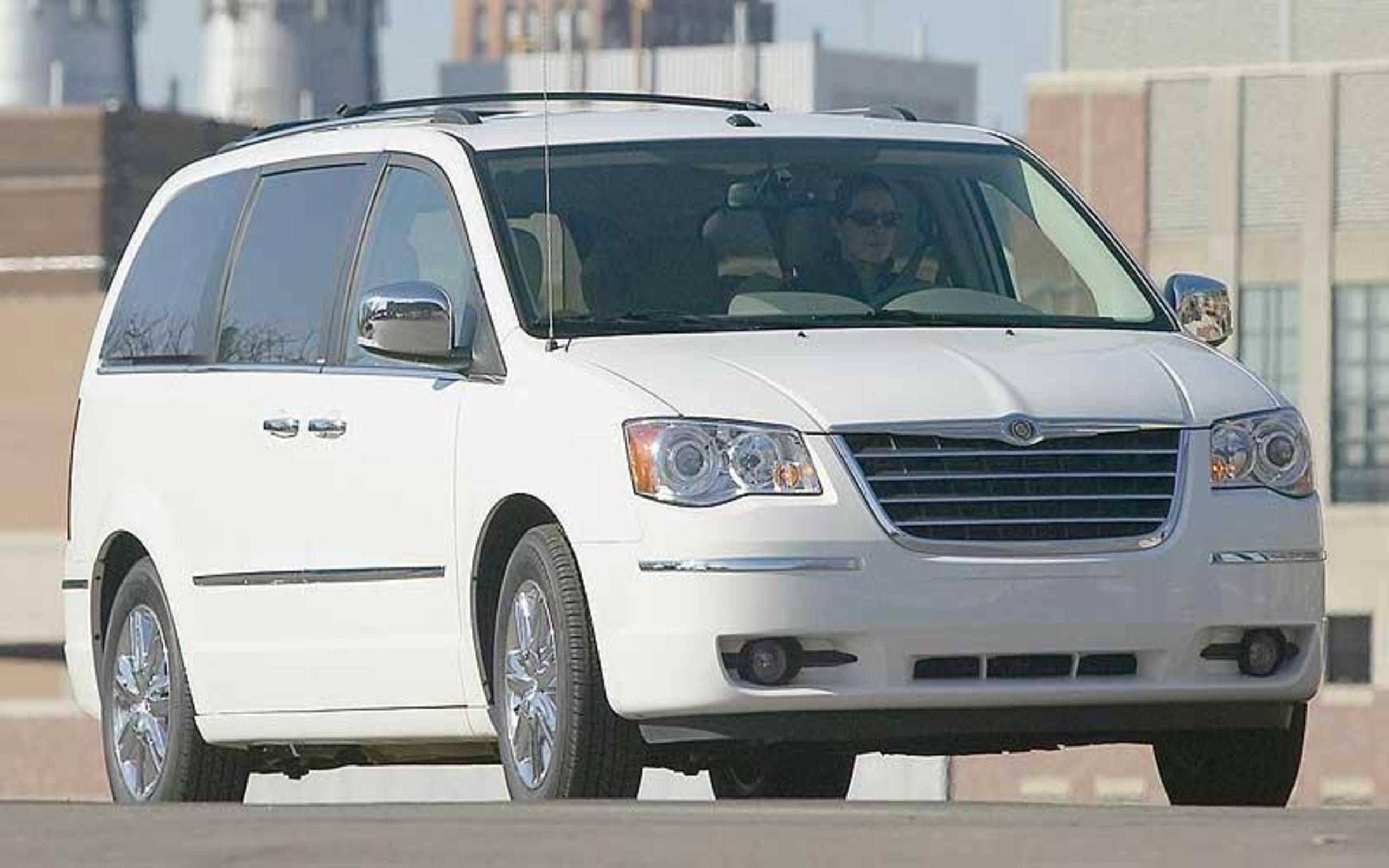 2020 Chrysler Town Country Engine