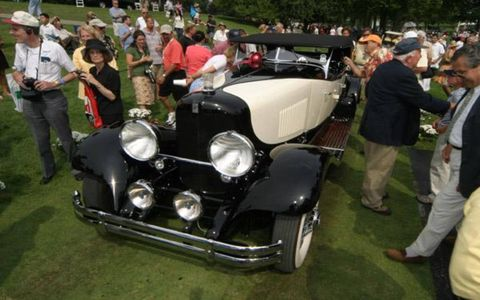 Richard Riegel of Montchanin, Delaware, collected Best in Show—American with his 1931 du Pont Model H Sport Phaeton.