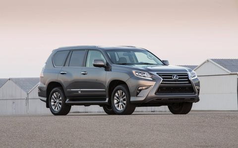 The 2014 Lexus GX 460 gets a revised grille.