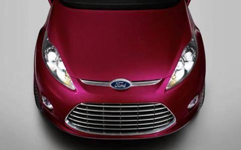 Motor vehicle, Automotive design, Product, Mode of transport, Headlamp, Hood, Grille, Automotive lighting, Glass, Red,