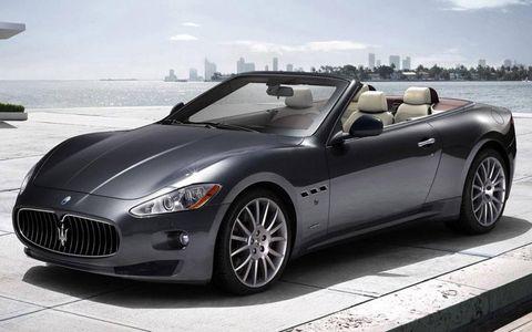 Tire, Wheel, Automotive design, Mode of transport, Vehicle, Car, Rim, Performance car, Fender, Alloy wheel,