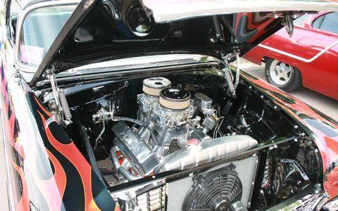 Motor vehicle, Automotive design, Vehicle, Automotive exterior, Engine, Alloy wheel, Automotive lighting, Vehicle door, Automotive engine part, Personal luxury car,