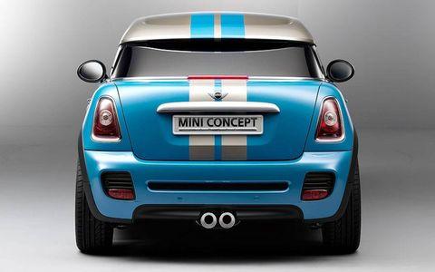 Motor vehicle, Automotive design, Vehicle, Land vehicle, Car, Automotive exterior, Grille, Automotive lighting, Bumper, Hatchback,