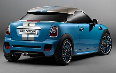 Motor vehicle, Automotive design, Blue, Vehicle, Automotive exterior, Car, Automotive lighting, Vehicle door, Fender, Vehicle registration plate,
