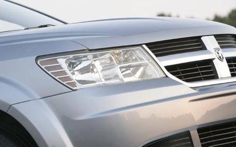 Motor vehicle, Automotive design, Automotive exterior, Vehicle, Automotive lighting, Headlamp, Grille, Hood, Car, White,