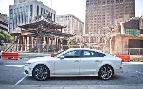 Downtown Detroit became ruined Hong Kong for a Transformers 4 movie set.