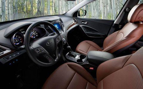 The interior of the 2013 Hyundai Santa Fe Sport.