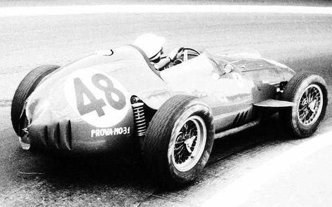 1959 Monaco Grand Prix. Phil Hill, Ferrari Dino 246, 4th position.