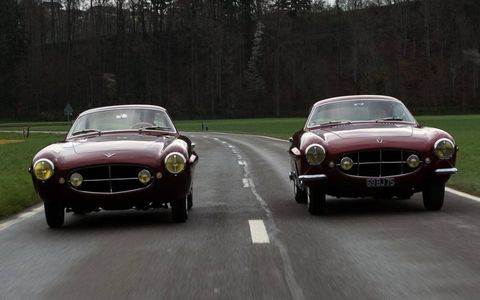 Fiat 8V Supersonic, left, and the Jaguar XK120 Supersonic on the right.